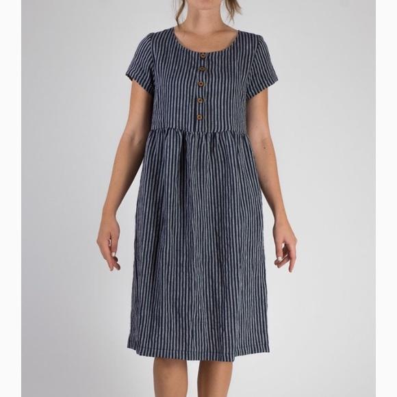 85539d0d48 Pyne and Smith Clothiers Linen Striped Dress. M 5a7f43eca825a6a1ff949120
